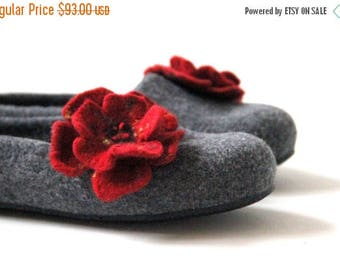 Women slippers - felted wool slippers - grey slippers with red flower - made to order - Mothers day gift - gift for her - warm house shoes