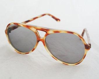 Sunglasses- 80's brown tortoise shell aviator shape glasses by Renauld