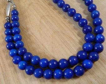Blue Glass Beaded Necklace / 1960s Japan Glass Pearls / Navy Blue Brightly Colored Beaded Necklace
