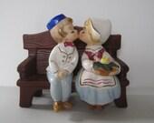Lefton Dutch Kissing Bench Figurine - boy and girl - 4646