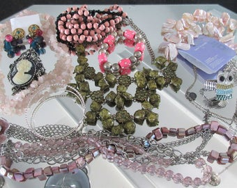 Mixed Lot (jlot3) ~ WEARABLE COSTUME JEWELRY ~ Mixed Metals / Stones
