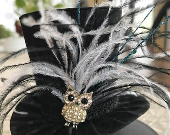 Black Swirl Owl Mini Top Hat.   Great for Birthday Parties, Photo Prop, Bachelorette Party, Girls Night Out and Much More...