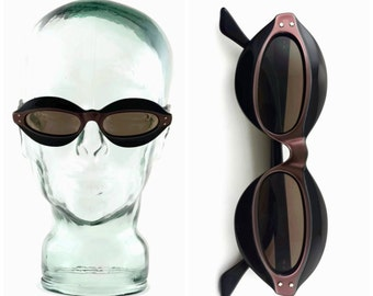 Vintage 1960s French Cat Eye Sunglasses