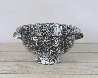 """Vintage Colander Black Speckled Graniteware Granite Ware Enamel Ware Strainer 11.5"""""""