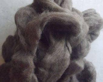 Brown Finn Wool Top Roving 8 oz