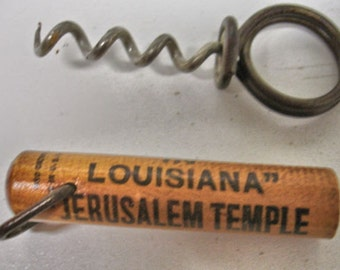 "Vintage Cork Screw Louisiana "" This is the way we do it "" Pat. Date. 1910 Wood Cork Screw"