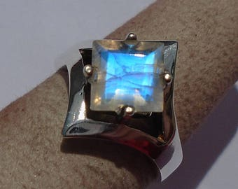 Rainbow Moonstone Sterling Silver Ring Size 9