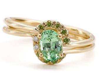Mint Engagement Ring, Mint Wedding Ring Set, Asymmetrical Wedding Ring, Green Engagement Ring, Asymmetric Engagement Ring, Alternative