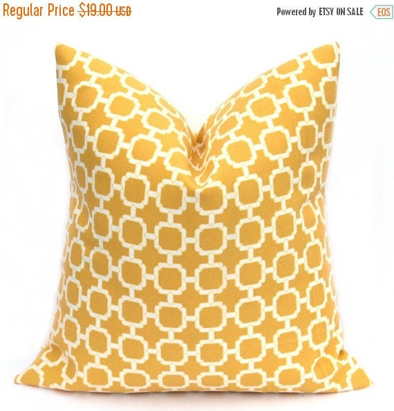 15% Off Sale Yellow pillow Cover, Outdoor Pillow, Outdoor Pillow Cover, Decorative Pillow, Outdoor decor, Lattice Pillow, Accent Pillow, Tos