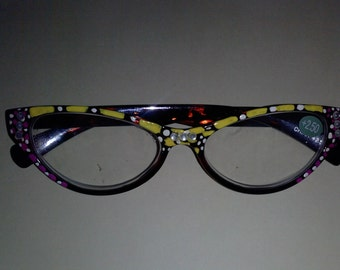 reading glasses additional charge 18 dollars