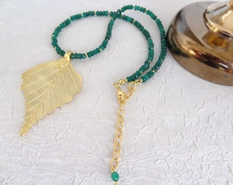 Emerald Jewelry,Gold Leaf Necklace,Emerald Necklace,Turkish Jewelry,Stone Necklace,Elegance,Feminine Necklace,Gift For Her,Mother's Day Gift