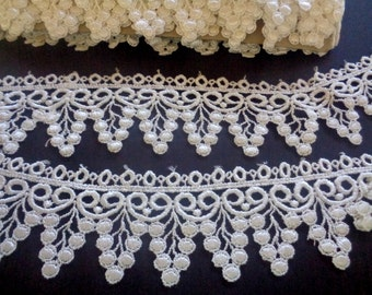 """Grapes Venice Lace Trim, Ivory, 2"""" inch wide, 1 Yard, For Dolls, Apparel, Home Decor, Accessories, Costumes, Victorian Crafts"""