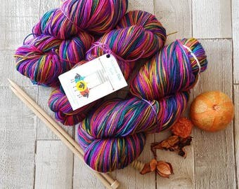 Hand dyed yarn, Double Knit yarn, lace yarn, 4ply yarn, Yorkshire Dale Yarn, made in UK, Welldressing Colourway, variegated yarn, indie yarn