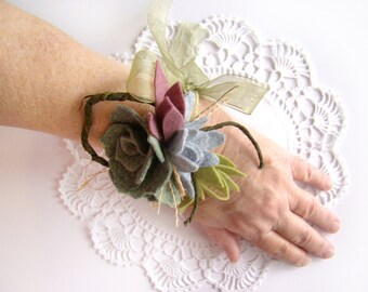 Succulent Wedding Corsage, Ribbon Tie Corsage, Mother Corsage, Wrist Corsage, Wedding Wristlet, Wedding Party, Natural, Rustic,