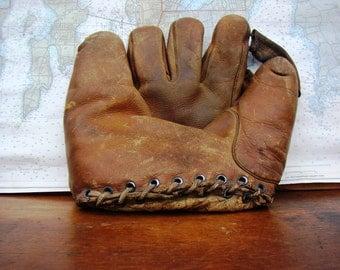 baseball glove - Antique Baseball glove - baseball mit - trojan baseball mit - boston ma - signiture model