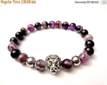 SALE Purple Agate. Lion Bracelet. Gemstone Bracelet. Beaded Bracelet. Stretch Bracelet. Yoga Bracelet. Agate Lion Bracelet. Power Bracelet.