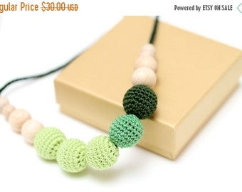 Christmas Sale Gradient green Nursing mom necklace, Breastfeeding necklace, Baby Shower gift, Chewing beads, Teething baby toy