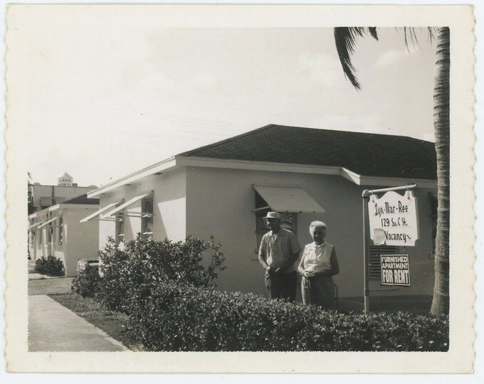 "Vintage Polaroid Snapshot Photo: ""Joe & Eva, Florida"" c1960s (71539)"