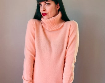 Vintage Peach Lambswool Turtleneck Sweater