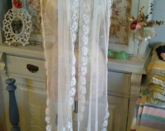 Lovely extra long machine made lace stole/scarf..