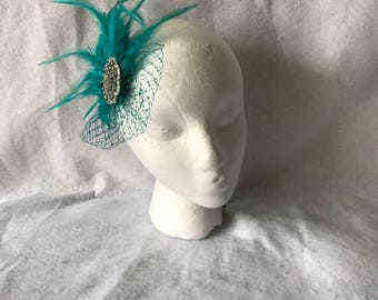 Teal bridal feather fascinator, Teal feather hair piece, teal feather hair clip, teal feather hairpiece, teal wedding hair clip
