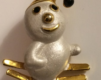 Vintage White Enamel SNOWMAN Brooch ~ Scatter Pin ~ So Cute!