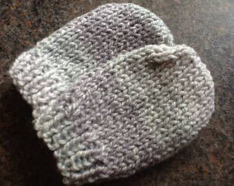 Handmade Knitted Baby Mittens 0 - 3 months