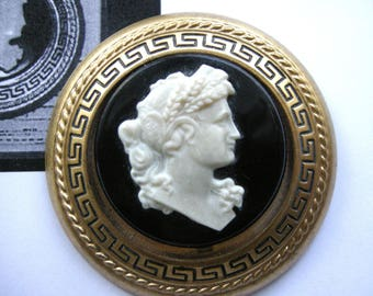 Gone with the Wind GWTW Cameo Brooch Pin Replica  Rare 1940 Lux Soap Premium FREE U.S. Shipping*