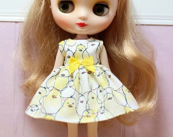 SALE...BLYTHE Middie doll Its my party dress - yellow chicks