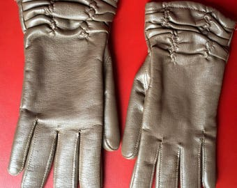 Vintage 60's brown ruched   PVC ladies gloves empire madr