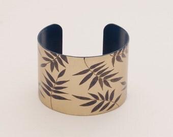 Bracelet Ananké - Blue & Gold • tropical • leaf • jungle • summer • chic • bangle