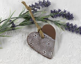heart hanger in ceramic,shabby chic, heart decoration, heart ornament, Hanging Heart, Wedding Favours, Heart Wedding Favors,  hostess gift