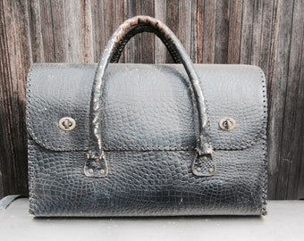 doctor bag tote bag sports bag British faux alligator leather navy blue 1940s bag