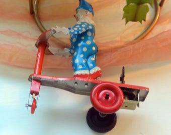Clown - Lithograph Tin - On A Scooter, Wind Up With Key, Working - Vintage - Fabulous!