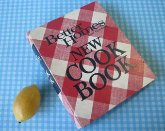 Better Homes and Gardens New Cookbook - Hardback Loose-leaf Binder - Gingham - Vintage 1968 1971