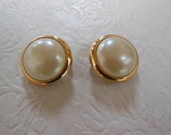 Vintage Gold Tone Trifari Faux Pearl Button Earrings