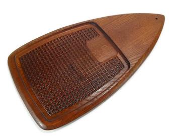 Vintage Mid Century Modern Teak Carving Board * Danish Modern Wood Cutting Board * Cheese Board