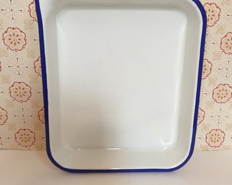 Vintage Blue and White Enamelware Roasting Tray with Corner for Pouring