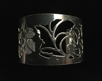 "Silver Tone ""Floral"" Cuff Bracelet (ABX1G)"