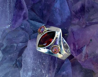 Two Tone Garnet and Red Opal Genuine Gemstone Sterling Silver Ring. Split Shank. Size 8. A Must See!