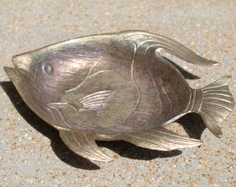 Vintage Metal Fish, Fish Trinket Holder, Made by VIP C, Brass Toned Fish