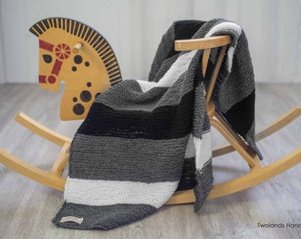 knitted blanket, black and white, baby blanket, black and white blanket