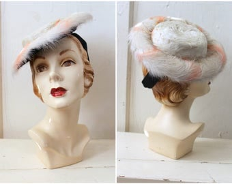 Vintage 1940s Feather Tilt Hat / 40s Black Velvet & White Feather Toy Hat / White Swan Hat