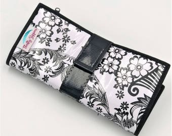 Cute Black and White Oilcloth Envelope System Wallet for Dave Ramsey Cash Budgeting and Extreme Couponing