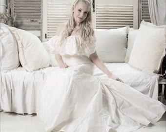 Wedding dress shoulder frill