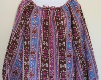 NOS purple peasant blouse, 1970s vintage boho print top, De Luxe, size small, USA