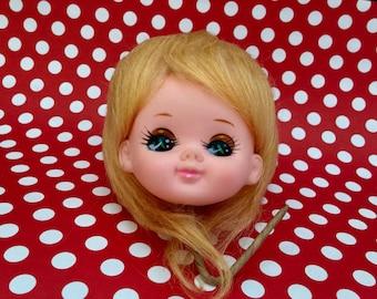 Vintage Mod Doll Head Craft Pick, Kitschy Kitsch, Collectibe Doll, Japanese Pose Doll, Big Eyes, Big Hair