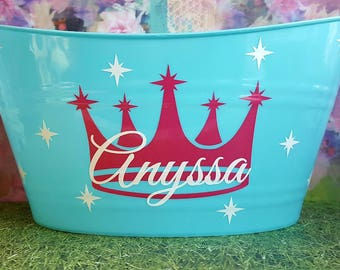 Personalized Basket , Plastic Oval Easter Tub, Storage Bucket with a Crown