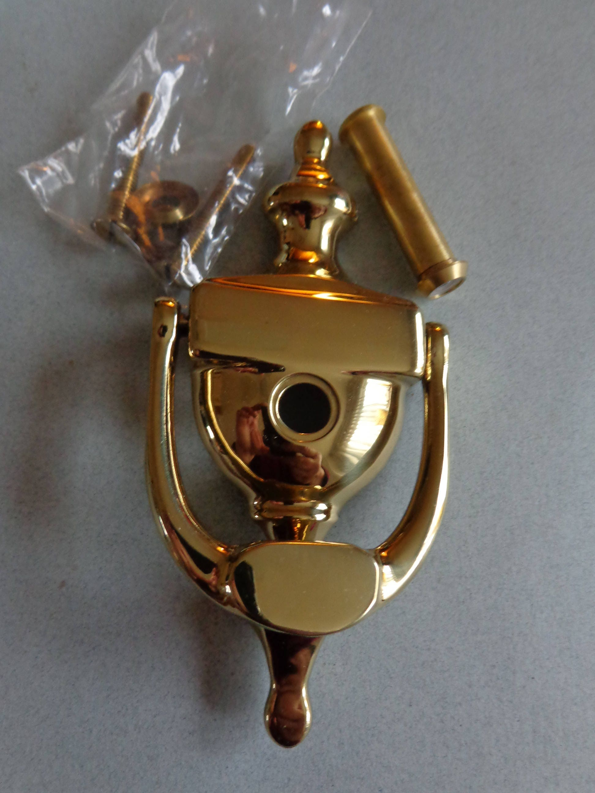 Vintage Ives Brass Door Knocker With Peep Hole Veiw Comes With Screws