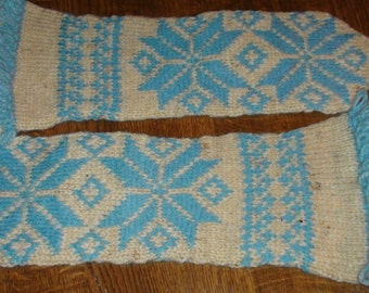 Hand knitted wool mittens Ethnographic ornaments Mittens Wool mittens 100% wool mittens